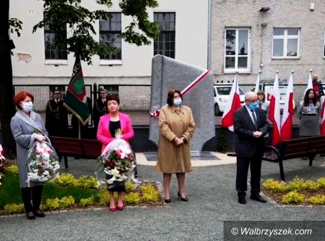 Wałbrzych: Pomnik na rocznicę