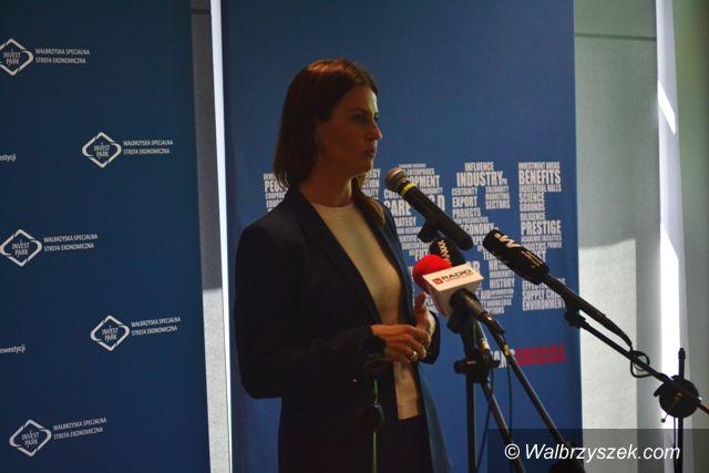 Wałbrzych: Minister wręczyła granty