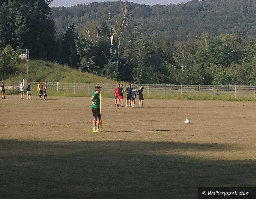 Wałbrzych: Futbolistki trenują