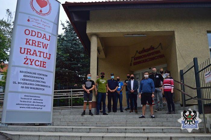 Wałbrzych: Policjanci oddali krew