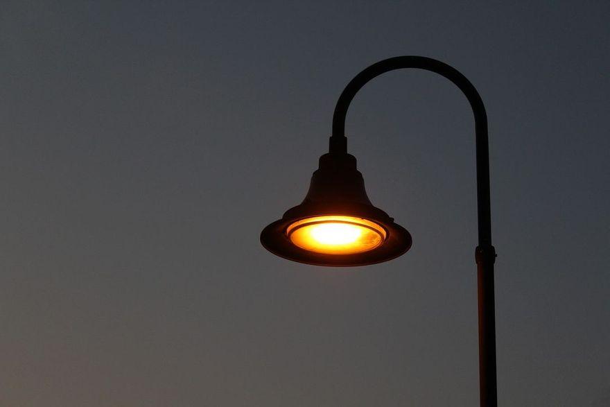 Wałbrzych: Wraca oświetlenie