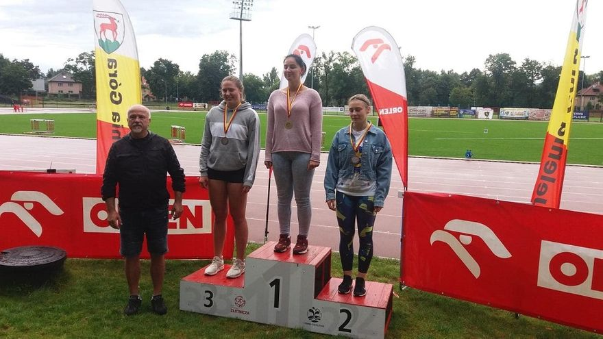 REGION: Juniorzy z medalami