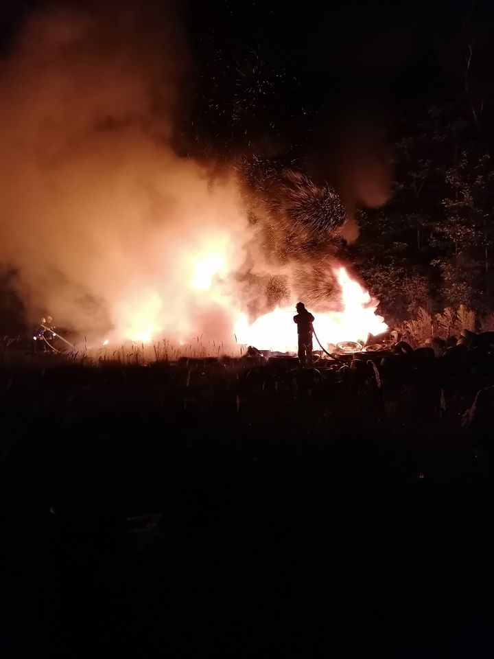REGION, Boguszów-Gorce: Płonęło wysypisko