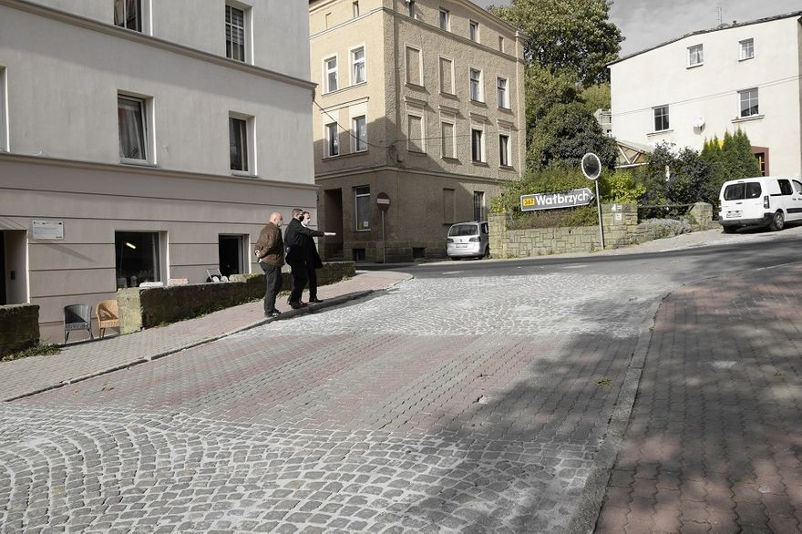 REGION, Boguszów-Gorce: Naprawiają Sienkiewicza