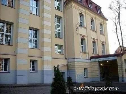 Wałbrzych/powiat wałbrzyski: Szpital się wypełnia