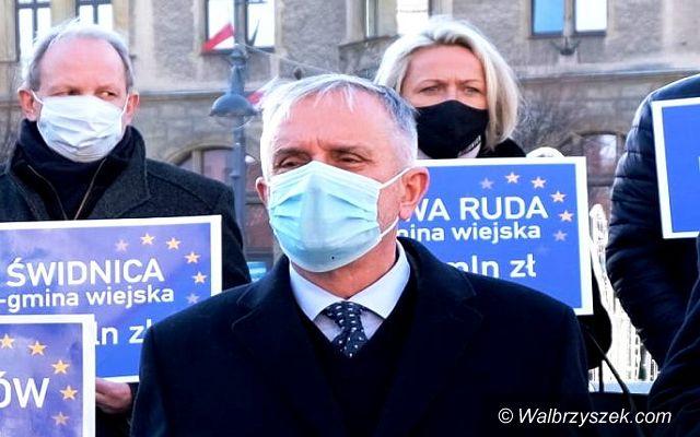Wałbrzych/REGION: Protest samorządowców