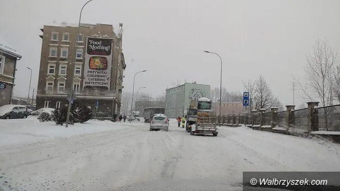 Wałbrzych: Sytuacja na drogach dramatyczna