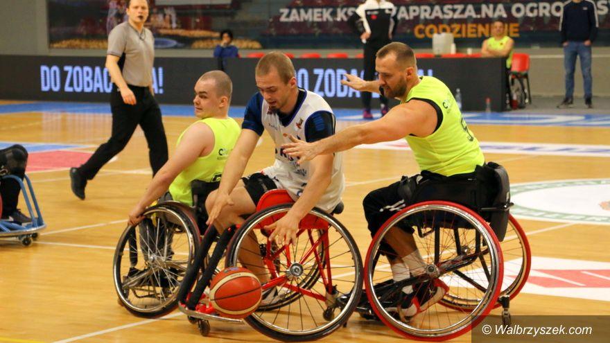 Wałbrzych: Wrocław lepszy w koszykówce na wózkach