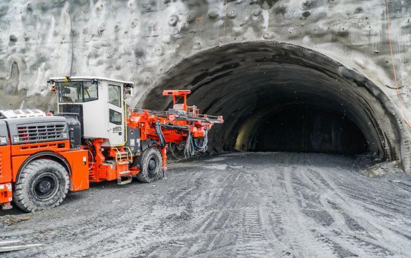 REGION: Tunel coraz dłuższy