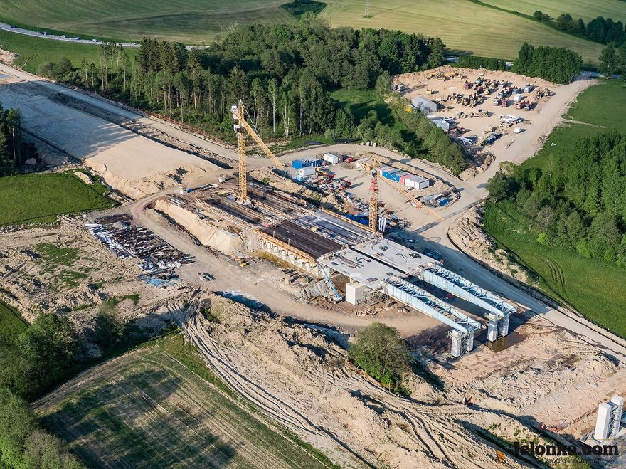 REGION: Wiosenny ruch na budowie S3