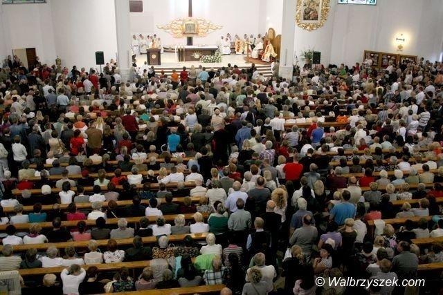Wałbrzych/powiat wałbrzyski: Księża zmieniają parafie