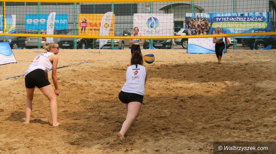 Wałbrzych: Plażowa siatkówka
