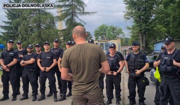 Wałbrzych/REGION: Poszukują zwłok zabójcy