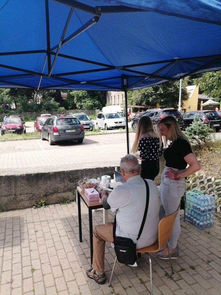 REGION, Jedlina-Zdrój: Namawiają do szczepień
