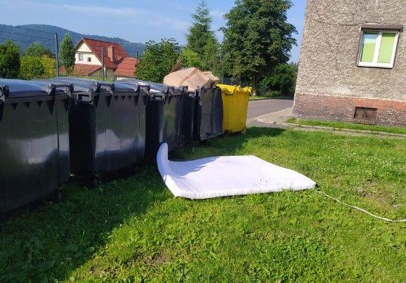 REGION, Boguszów-Gorce: Wysypiska wciąż powstają
