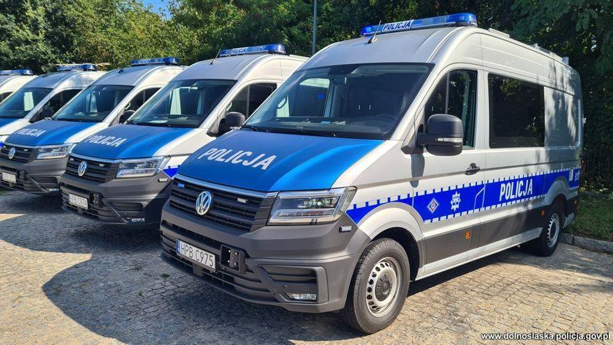 Wałbrzych/REGION: Specjalistyczny radiowóz