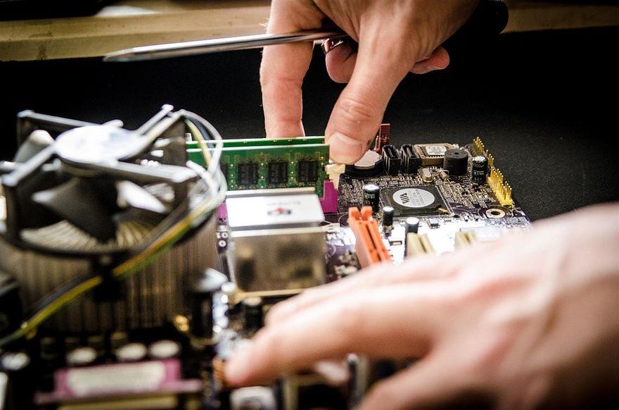 Wałbrzych/Kraj: Wyposażenie serwisu elektroniki podkreśla klasę takiego miejsca. Oto zakupowe must have!