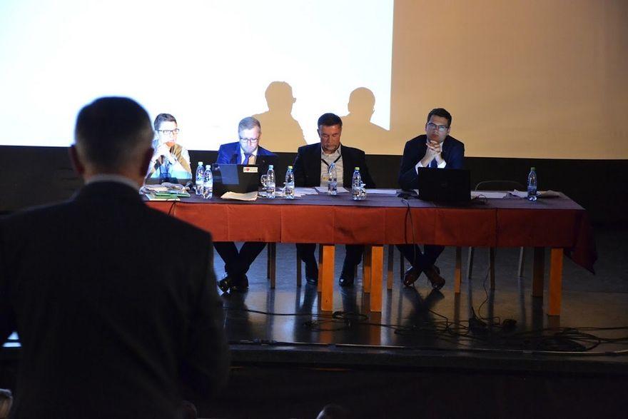 REGION: Dyskutują nad funduszem