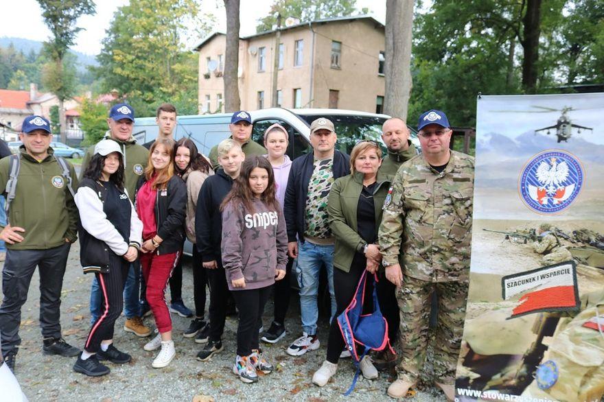 powiat wałbrzyski: Młodzież z weteranami