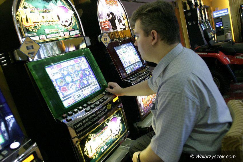 REGION: Dwadzieścia pięć automatów do gier hazardowych zajętych w województwie śląskim