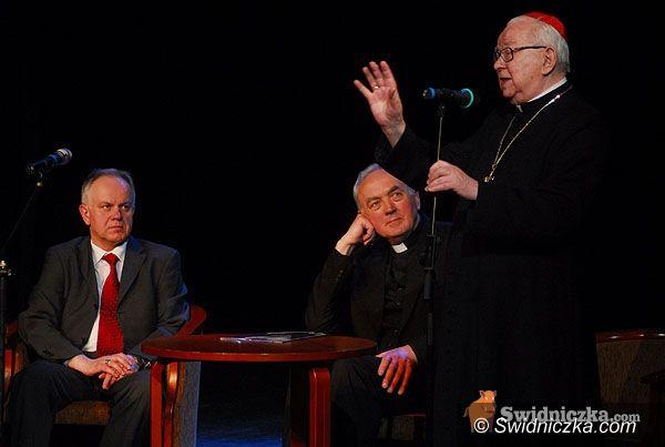 Świdnica: Jan Paweł II skończyłby dziś 90 lat… Świętujemy ostatni z Dni Papieskich