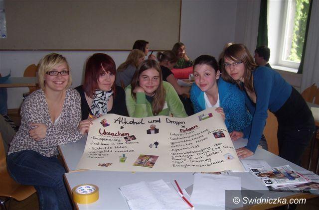 Morawa: Strzegomska młodzież i uzależnienia