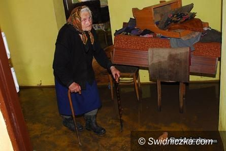 powiat świdnicki: Zbierają dla powodzian spoza naszego powiatu