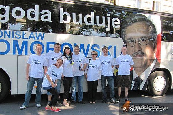 Świdnica: Kampania trwa – odwiedzają nas autobusy kandydatów