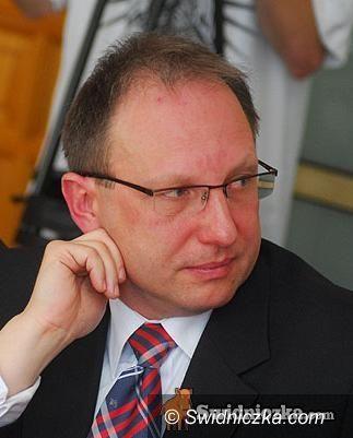 Świebodzice: Radny Tomasz Kurzawa prostuje