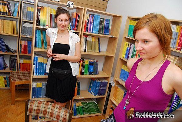Świdnica: Wakacyjne książek sprzedawanie, skupowanie, naprawianie