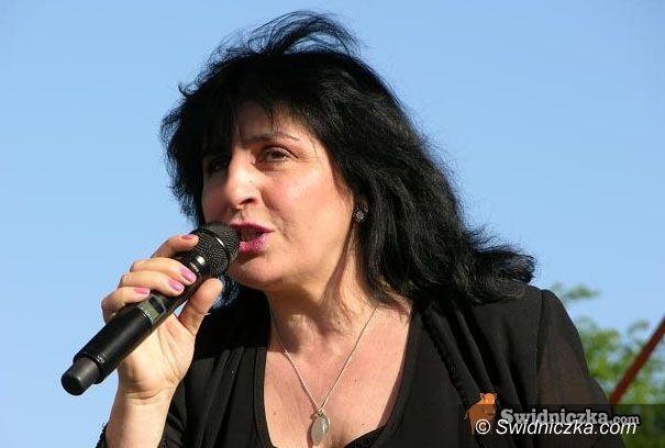 Krzyżowa: Eleni zaśpiewa na gminnych dożynkach