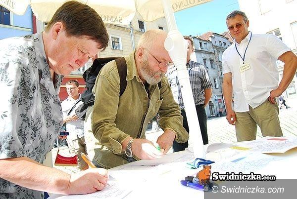 Świdnica: Wspólnota Samorządowa zaprasza Platformę Obywatelską do zbierania podpisów za obwodnicą