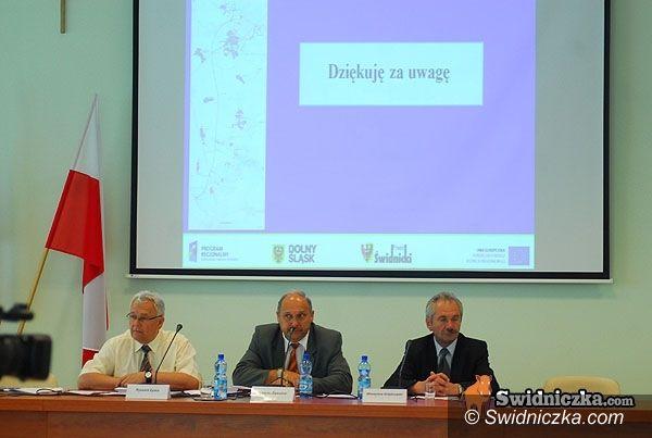 Świdnica: Koniec wakacji dla radnych powiatu – w środę sesja (porządek obrad)