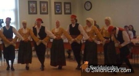 Świdnica: Tańce na sesji rady miejskiej