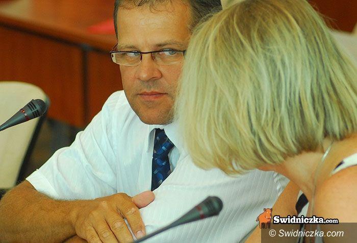 Świdnica: Sprawa pożaru na Moniuszki na sesji