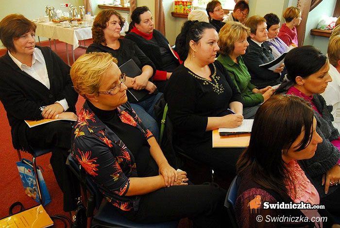 Świdnica: Pracownicy opieki społecznej wyszkolili się z przepisów