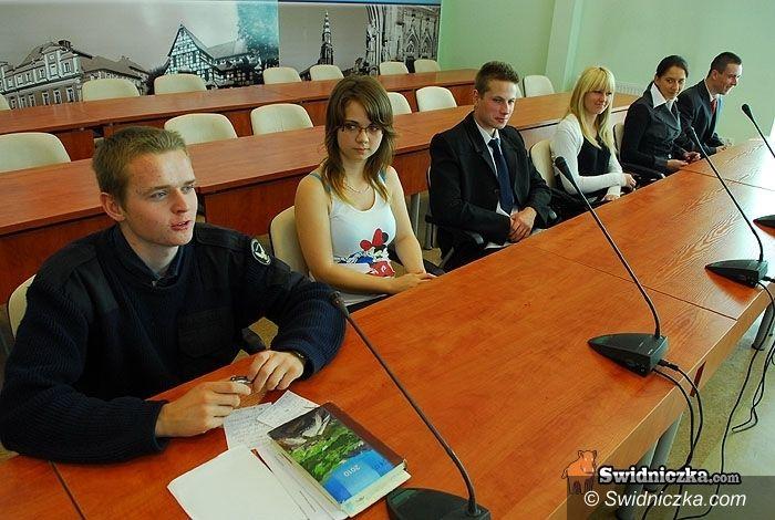 Świdnica: Nastoletnia komisja rewizyjna