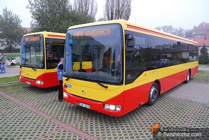 Świdnica: Klękające autobusy – nowy nabytek MPK