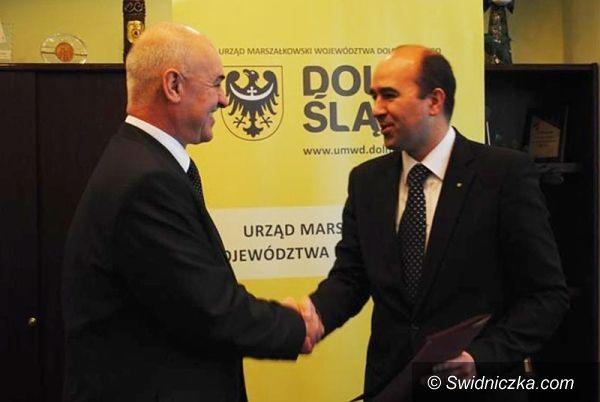 Dolny Śląsk: Miliony idą w rowy