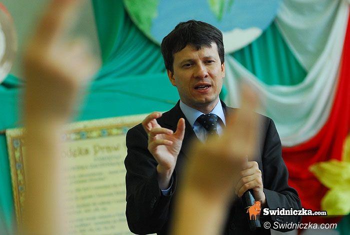 Świdnica: Dzieci i młodzież mają swoje prawa! – przekonują Anna Maria Wesołowska i Marek Michalak