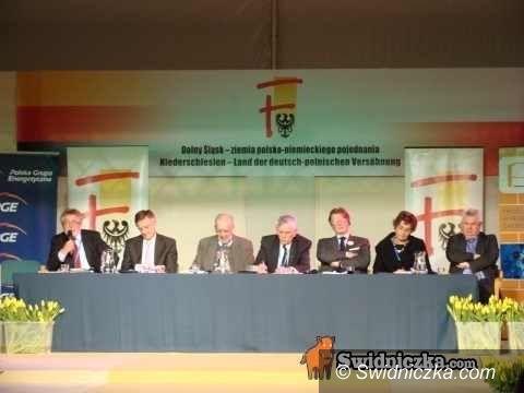 """Krzyżowa: Forum 2010 """"Technika i technologia – impulsy rozwojowe"""" – dziś dzień I"""