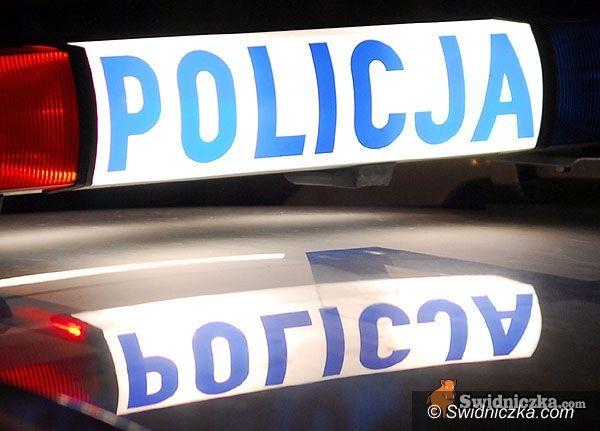 Świebodzice: Taksówkarz znaleziony martwy w aucie
