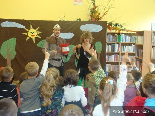 gmina Świdnica: Klaser pełen dopalaczy w każdej gminnej szkole