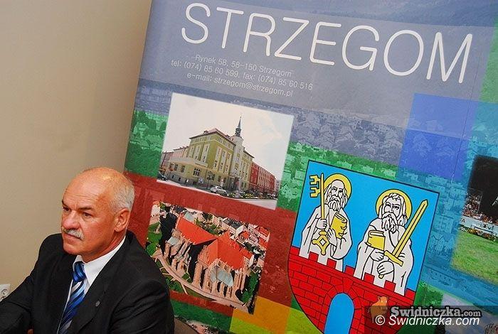 Strzegom/powiat: Lech Markiewicz dziękuje i protestuje