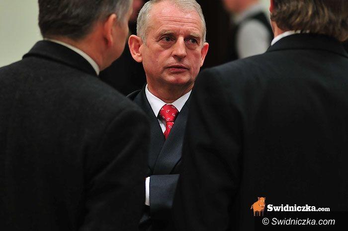 Świdnica: Worsa i Synowska na czele powiatu, na czele rady Sołtys, Zywer i Zieliński