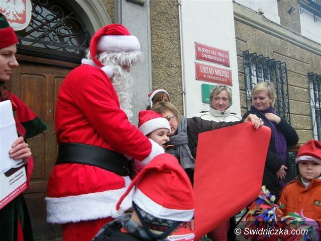 Świebodzice: Mikołaj w Świebodzicach