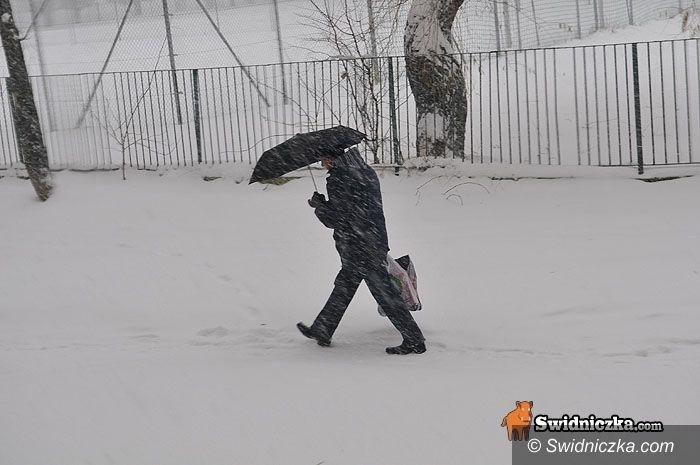 region: Do późnego wieczora ostre zawieje i zamiecie śnieżne