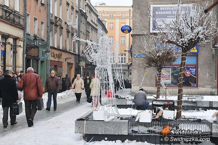 Świdnica: Święta na bogato: świdnickie ozdoby bożonarodzeniowe są warte 140 tys. zł