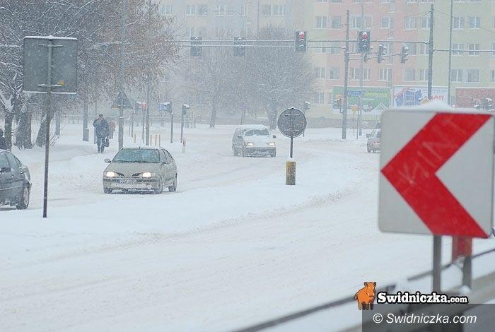 Świdnica: Drogi w mieście – tir blokuje Stęczyńskiego