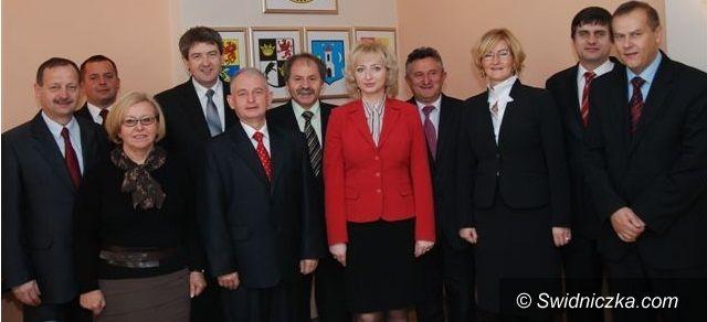 Świdnica: Włodarze gmin spotkali się z władzami powiatu